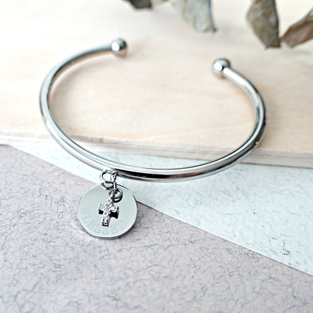 Petite Cross with Round Tag Bangle (Silver)
