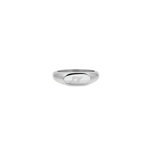 Neveah Signet Ring (Silver)
